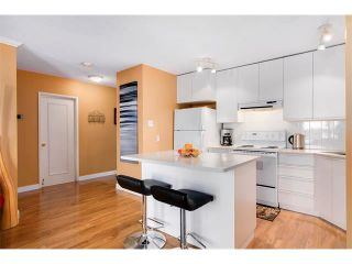 Photo 11: 205 808 ROYAL Avenue SW in Calgary: Lower Mount Royal Condo for sale : MLS®# C4030313
