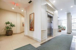 Photo 7: 513 11 Thorncliffe Park Drive in Toronto: Thorncliffe Park Condo for sale (Toronto C11)  : MLS®# C4948104