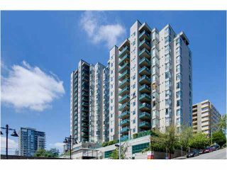 """Photo 1: 404 420 CARNARVON Street in New Westminster: Downtown NW Condo for sale in """"Carnarvon Place"""" : MLS®# V1081366"""
