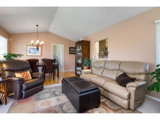 """Photo 11: 41 20222 96 Avenue in Langley: Walnut Grove Townhouse for sale in """"Windsor Gardens"""" : MLS®# R2597254"""