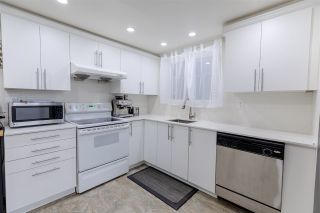 """Photo 9: 3352 MARQUETTE Crescent in Vancouver: Champlain Heights Townhouse for sale in """"Champlain Ridge"""" (Vancouver East)  : MLS®# R2559726"""
