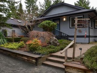 Photo 2: 6425 W Island Hwy in BOWSER: PQ Bowser/Deep Bay House for sale (Parksville/Qualicum)  : MLS®# 778766