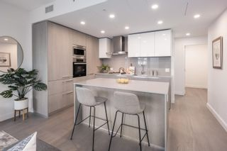 """Photo 9: 204 4932 CAMBIE Street in Vancouver: Fairview VW Condo for sale in """"PRIMROSE BY TRANSCA"""" (Vancouver West)  : MLS®# R2621383"""