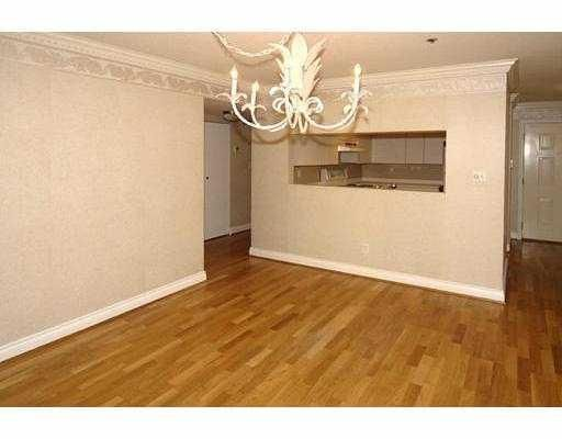 Photo 4: Photos: 108 655 W 13TH Avenue in Vancouver: Fairview VW Condo for sale (Vancouver West)  : MLS®# V751500