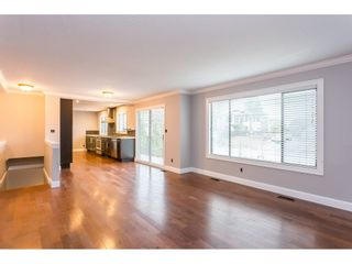 Photo 3: 33233 WHIDDEN Avenue in Mission: Mission BC House for sale : MLS®# R2424753