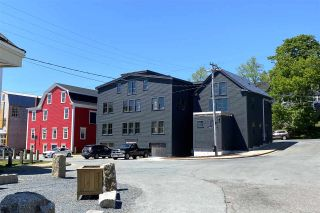Photo 3: 182 Montague Street in Lunenburg: 405-Lunenburg County Commercial  (South Shore)  : MLS®# 202100386