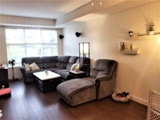 """Photo 7: 45 18199 70 Avenue in Surrey: Cloverdale BC Townhouse for sale in """"Auguston"""" (Cloverdale)  : MLS®# R2570782"""