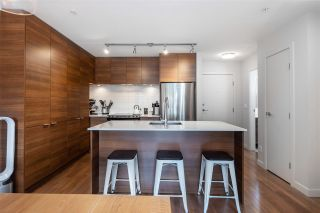 Photo 3: 402 1677 LLOYD AVENUE in North Vancouver: Pemberton NV Condo for sale : MLS®# R2489283