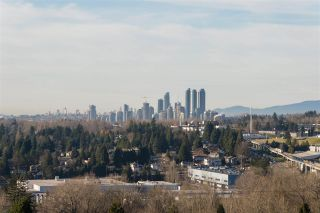 "Photo 3: 1905 3970 CARRIGAN Court in Burnaby: Government Road Condo for sale in ""THE HARRINGTON"" (Burnaby North)  : MLS®# R2522928"