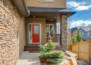 Photo 2: 66 ASPENSHIRE Place SW in Calgary: Aspen Woods Detached for sale : MLS®# A1106205