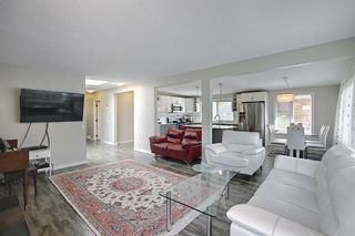 Photo 6: 6 Varslea Place NW in Calgary: Varsity Detached for sale : MLS®# A1122141