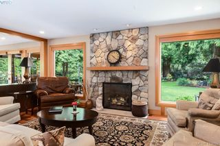 Photo 2: 1300 Clayton Rd in NORTH SAANICH: NS Lands End House for sale (North Saanich)  : MLS®# 820834