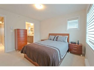 """Photo 11: 720 ORWELL Street in North Vancouver: Lynnmour Townhouse for sale in """"WEDGEWOOD"""" : MLS®# V1050702"""