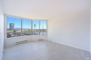 """Photo 2: 700 328 CLARKSON Street in New Westminster: Downtown NW Condo for sale in """"HIGHOURNE TOWER"""" : MLS®# R2544152"""