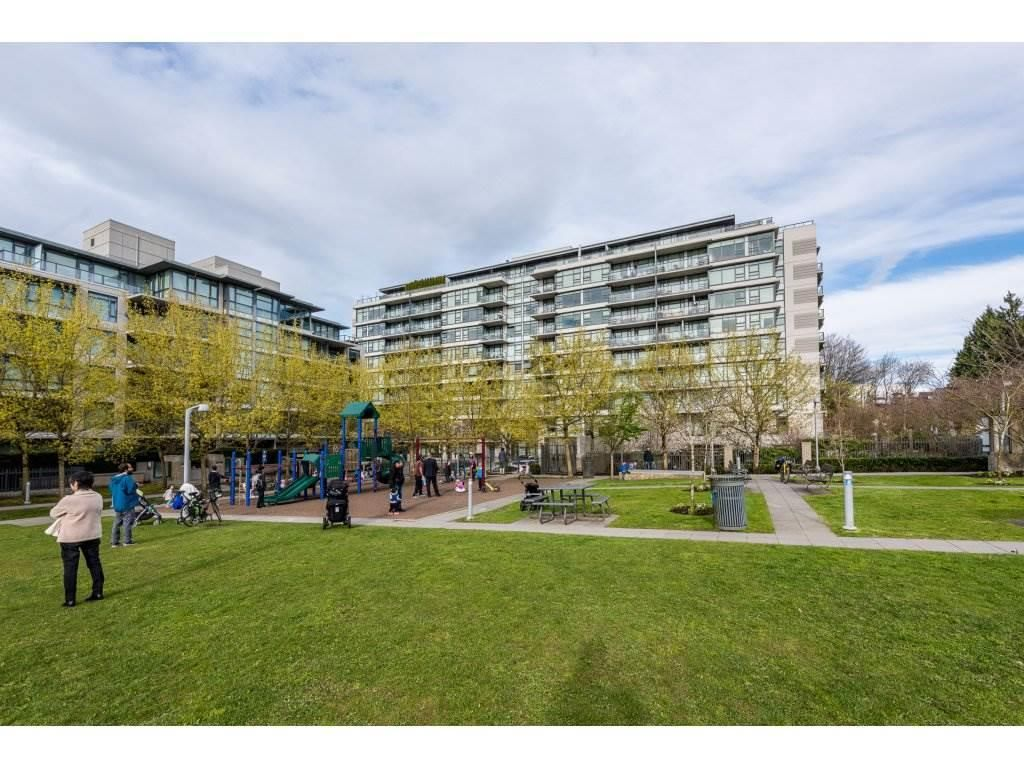 """Main Photo: 611 2851 HEATHER Street in Vancouver: Fairview VW Condo for sale in """"TAPESTRY"""" (Vancouver West)  : MLS®# R2267421"""