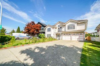 Photo 1: 9176 138 Street in Surrey: Bear Creek Green Timbers House for sale : MLS®# R2402252