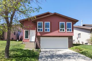Main Photo: 51 BERKSHIRE Road NW in Calgary: Beddington Heights Detached for sale : MLS®# A1116511