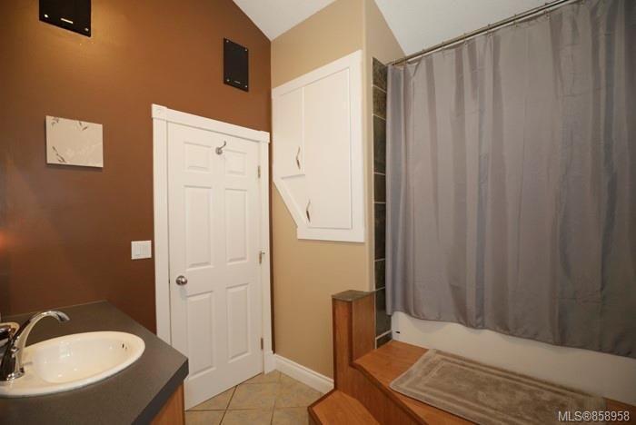 Photo 11: Photos: 2672 5th Ave in : PA Port Alberni House for sale (Port Alberni)  : MLS®# 858958