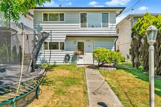 Photo 2: 3722 COAST MERIDIAN Road in Port Coquitlam: Oxford Heights House for sale : MLS®# R2597573
