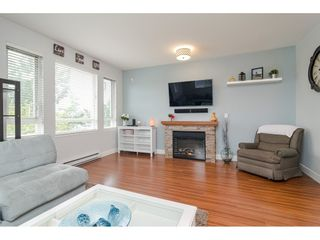 """Photo 4: 10 7088 191 Street in Surrey: Clayton Townhouse for sale in """"Montana"""" (Cloverdale)  : MLS®# R2500322"""