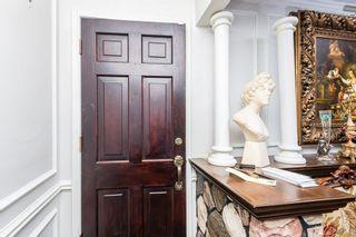 Photo 3: 10711 38 Street in Edmonton: Zone 23 House for sale : MLS®# E4254821