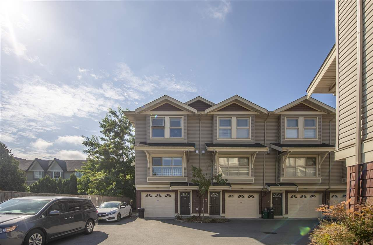 Main Photo: 12 9000 GRANVILLE AVENUE in : McLennan North Townhouse for sale : MLS®# R2327486