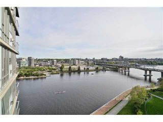 """Photo 17: 1603 8 SMITHE Mews in Vancouver: False Creek Condo for sale in """"Flagship"""" (Vancouver West)  : MLS®# V1064248"""