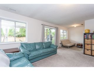 Photo 16: 12419 188A STREET in Pitt Meadows: Central Meadows House for sale : MLS®# R2302445