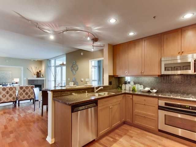 Main Photo: DOWNTOWN Condo for sale : 1 bedrooms : 850 Beech Street #701 in San Diego