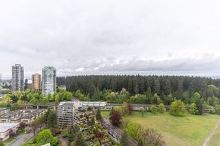 """Photo 15: 2705 5883 BARKER Avenue in Burnaby: Metrotown Condo for sale in """"ALDYNE ON THE PARK"""" (Burnaby South)  : MLS®# R2453440"""