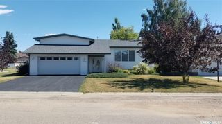 Photo 1: 388 3rd Street West in Unity: Residential for sale : MLS®# SK866996