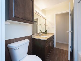 """Photo 10: 32 9101 FOREST GROVE Drive in Burnaby: Forest Hills BN Townhouse for sale in """"ROSSMOOR"""" (Burnaby North)  : MLS®# R2192598"""