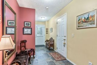 Photo 3: 38 7 WESTLAND Road: Okotoks Row/Townhouse for sale : MLS®# C4267476