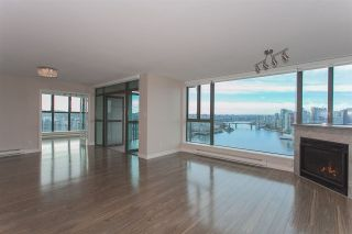 """Photo 15: 1905 1128 QUEBEC Street in Vancouver: Mount Pleasant VE Condo for sale in """"THE NATIONAL"""" (Vancouver East)  : MLS®# R2232561"""
