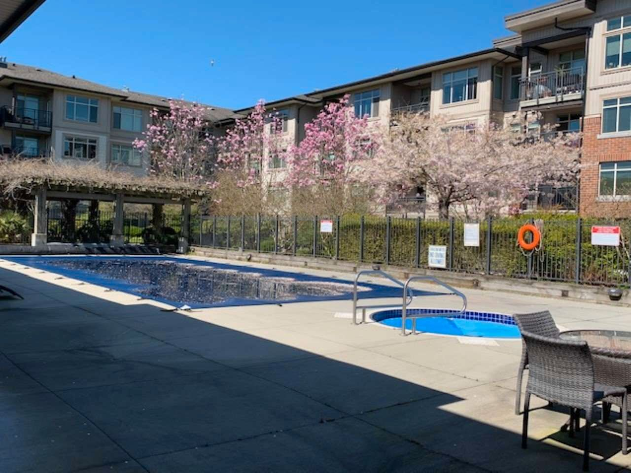 """Photo 34: Photos: 422 9288 ODLIN Road in Richmond: West Cambie Condo for sale in """"Meridian Gate"""" : MLS®# R2565593"""