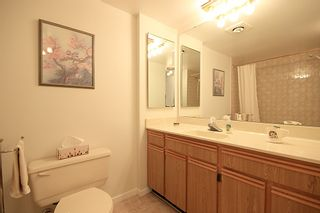 """Photo 11: 903 615 BELMONT Street in New Westminster: Uptown NW Condo for sale in """"BELMONT TOWERS"""" : MLS®# R2152611"""