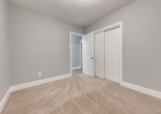 Photo 23: 12 SNOWDON Crescent SW in Calgary: Southwood Detached for sale : MLS®# A1078903