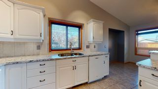 Photo 11: 10 LAKEWOOD Cove: Spruce Grove House for sale : MLS®# E4262834