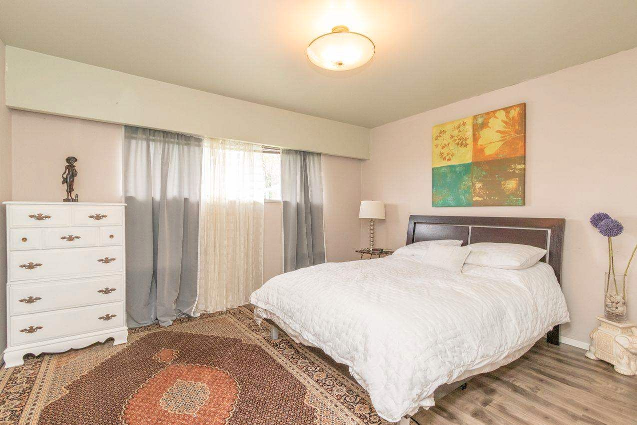 Photo 17: Photos: 715 HUNTINGDON Crescent in North Vancouver: Dollarton House for sale : MLS®# R2588592