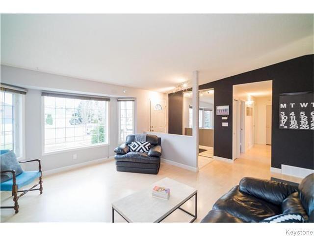 Photo 3: Photos: 419 Kirkbridge Drive in Winnipeg: Richmond West Residential for sale (1S)  : MLS®# 1627374