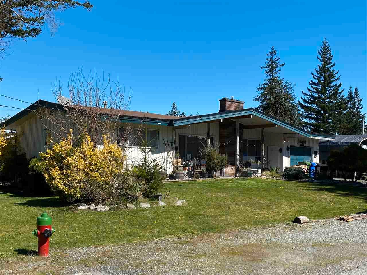 Main Photo: 31757 UPLAND Crescent in Abbotsford: Abbotsford West House for sale : MLS®# R2565035