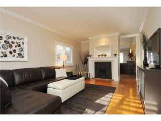 "Photo 3: 941 E 23RD Avenue in Vancouver: Fraser VE House for sale in ""GLEN PARK"" (Vancouver East)  : MLS®# V927242"