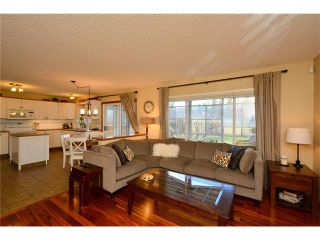Photo 16: 108 GLENEAGLES Terrace: Cochrane House for sale : MLS®# C4113548