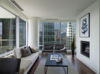 Photo 1: 2308 1111 ALBERNI STREET in Vancouver: West End VW Condo for sale (Vancouver West)  : MLS®# R2483194