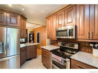 Photo 7: 321 Waterloo Street in Winnipeg: River Heights / Tuxedo / Linden Woods Residential for sale (South Winnipeg)  : MLS®# 1614223