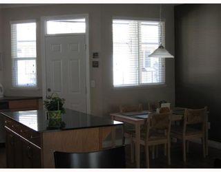 "Photo 4: 30 11720 COTTONWOOD Drive in Maple_Ridge: Cottonwood MR Townhouse for sale in ""COTTONWOOD GREEN"" (Maple Ridge)  : MLS®# V653744"