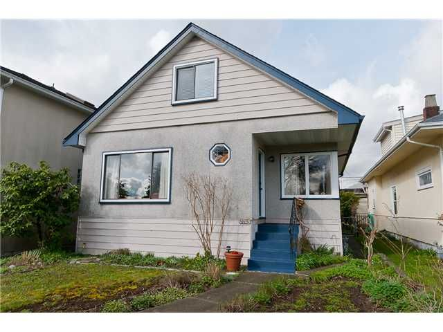 Main Photo: 5745 Prince Edward Street in Vancouver: Main House for sale (Vancouver East)  : MLS®# V940123