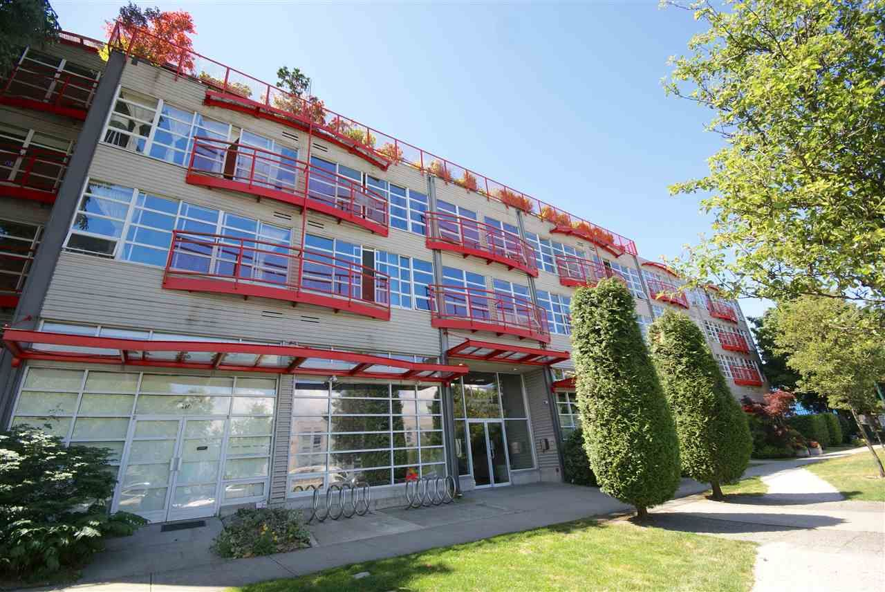 """Main Photo: 315 350 E 2ND Avenue in Vancouver: Mount Pleasant VE Condo for sale in """"MAINSPACE"""" (Vancouver East)  : MLS®# R2279640"""