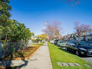 Photo 2: 2817 E 21ST Avenue in Vancouver: Renfrew Heights House for sale (Vancouver East)  : MLS®# R2558732