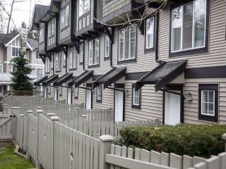 """Photo 6: 44 20176 68TH Avenue in Langley: Willoughby Heights Townhouse for sale in """"Steeple Chase"""" : MLS®# F1401877"""
